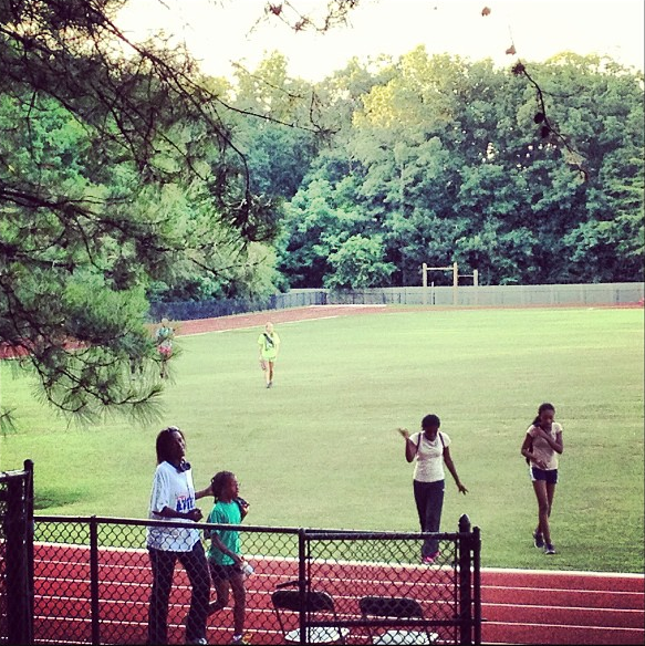 What better way to make a run comeback after 3 weeks than a track workout in the heat?