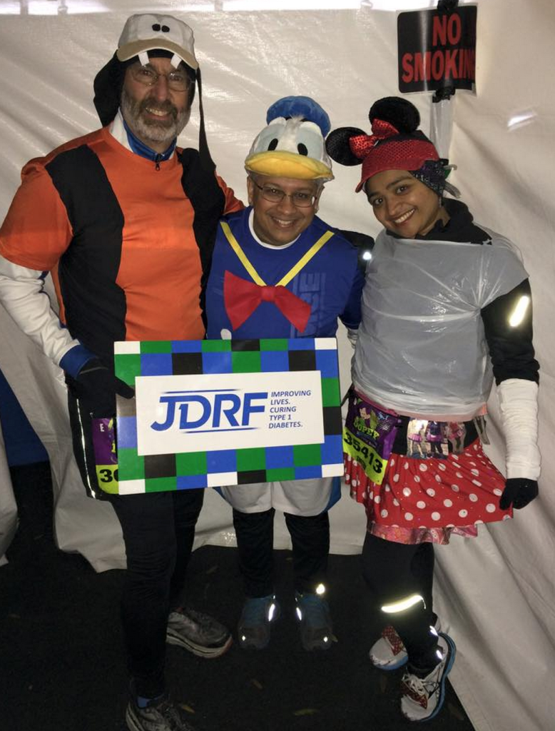 Team JDRF ready to start the Dopey Challenge
