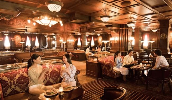 Teddy Roosevelt Lounge on SS Columbia at Tokyo Disney Sea